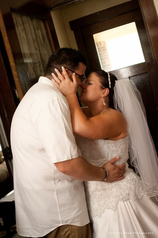 first look picture by belle plaine Minnesota wedding photographer
