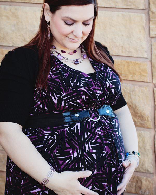 St. Paul, MN Maternity Photographer | Baby Bump Photography | Phalen Community Center