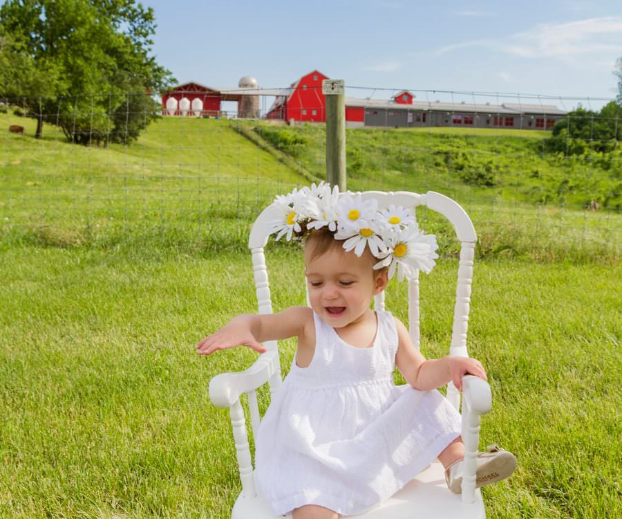 Gale Woods Farm Family Pictures | Minnetrista Family Portrait Photographer