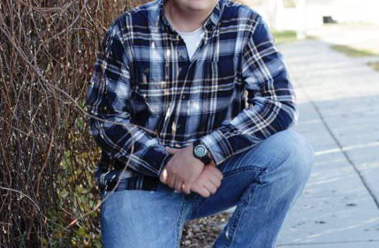 outdoor senior portraits flannel shirt belle plaine