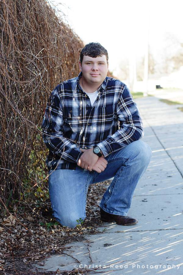 outdoor senior portraits flannel shirt belle plaine