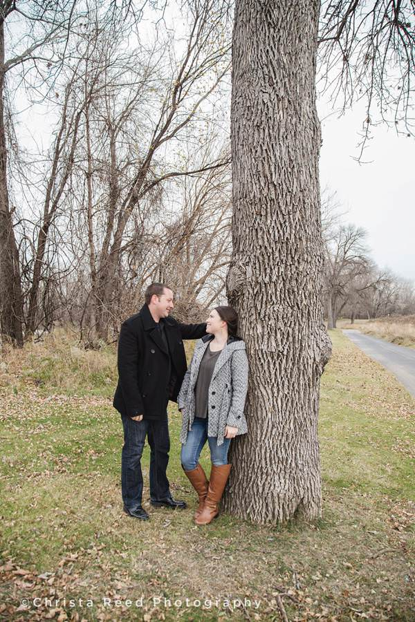shakopee mn outdoor engagement portraits