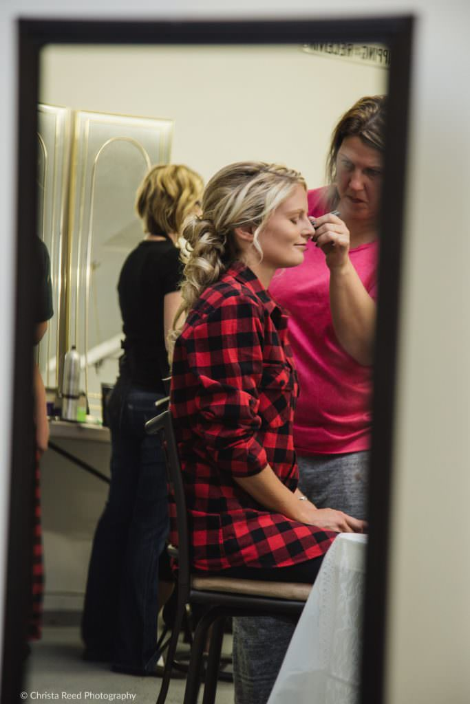 bride gets ready for her belle plaine minnesota wedding