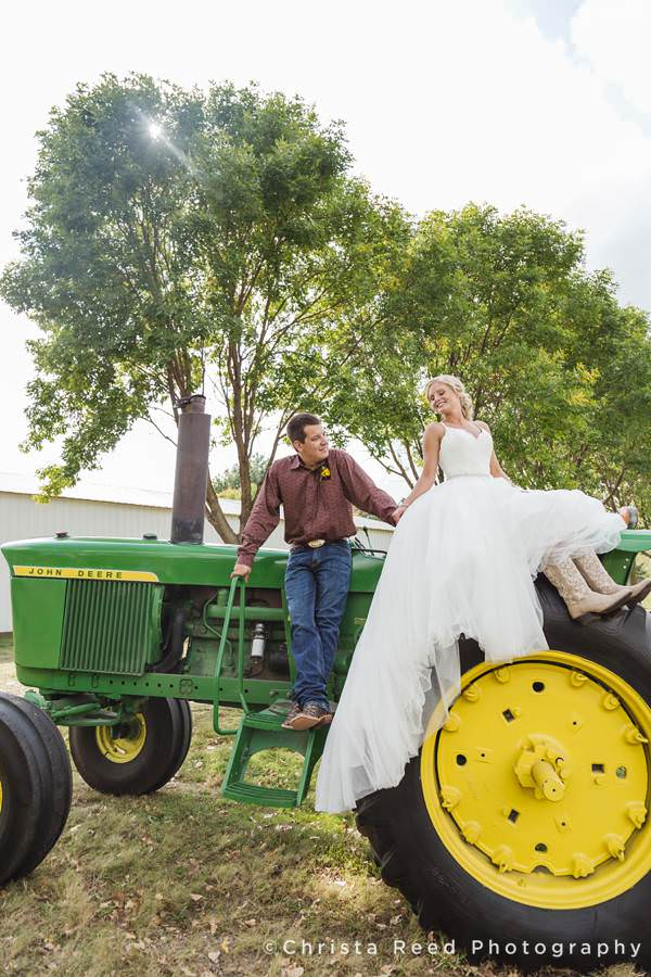 farm wedding photography in belle plaine minnesota
