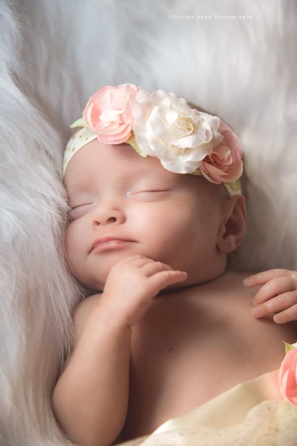 newborn photography outfit ideas