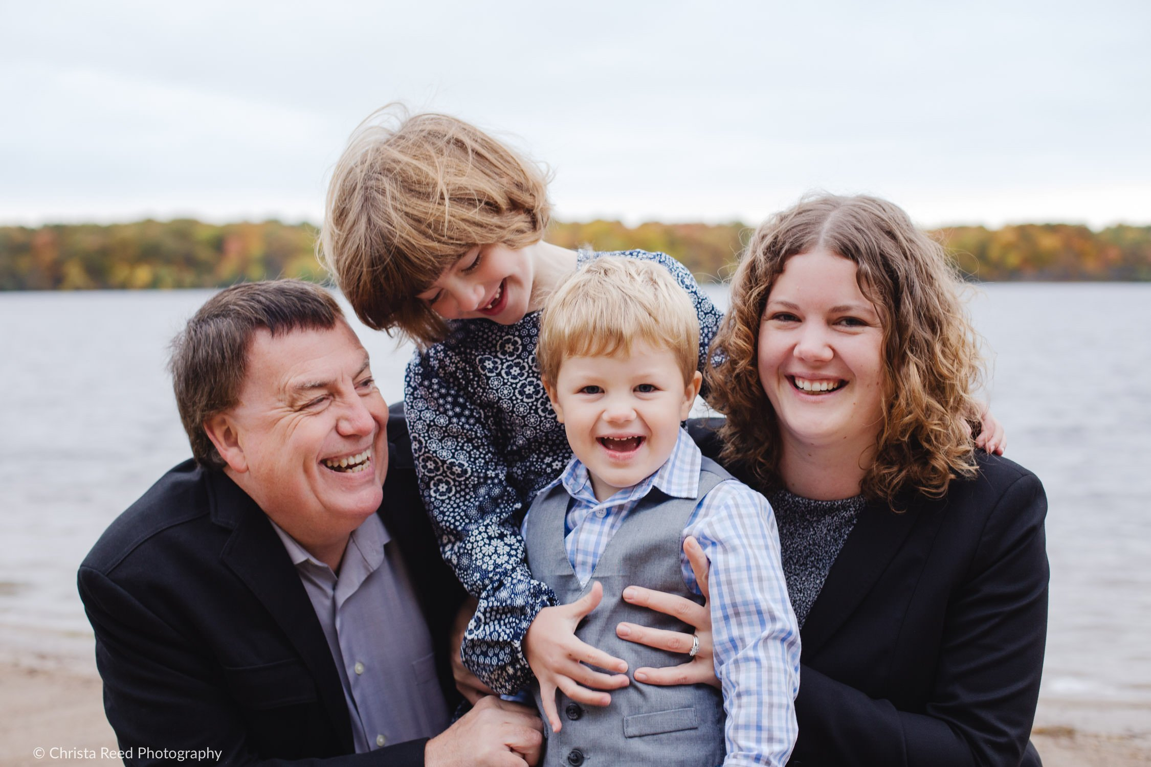 fall family photos in chanhassen outdoors on Lake Ann