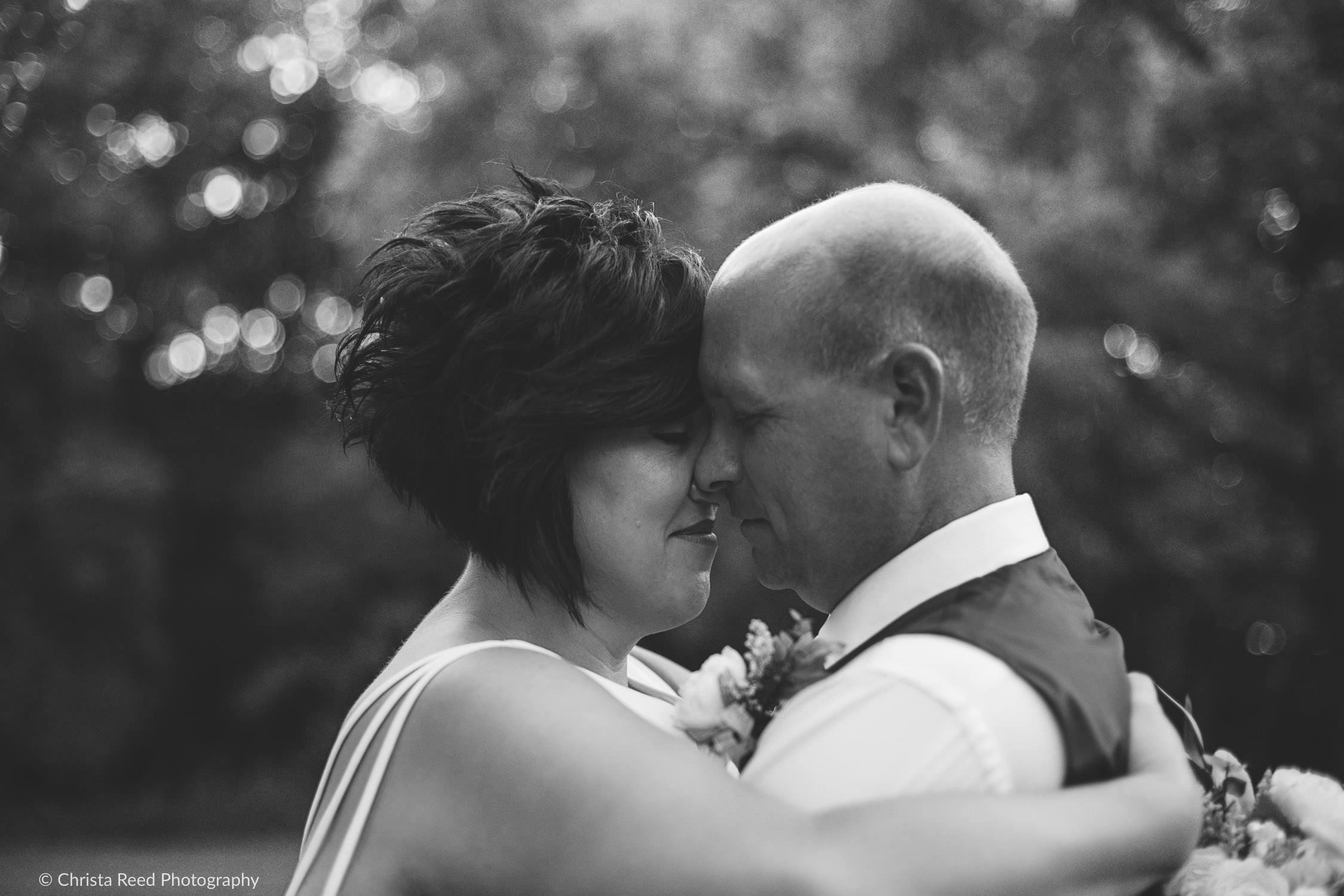 romantic pre-wedding photos