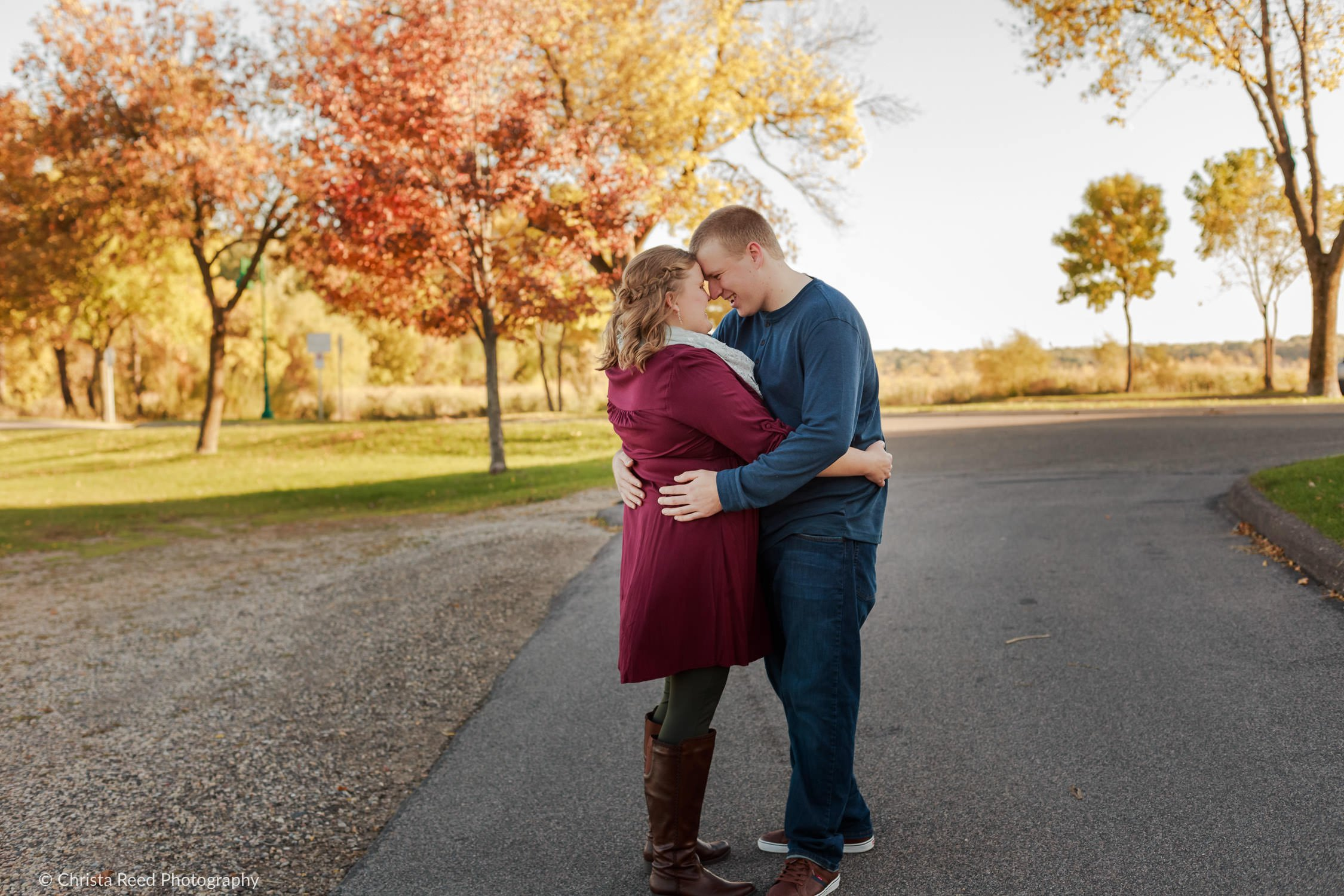 fall colors for an engagement shoot at white bear lake matoska park