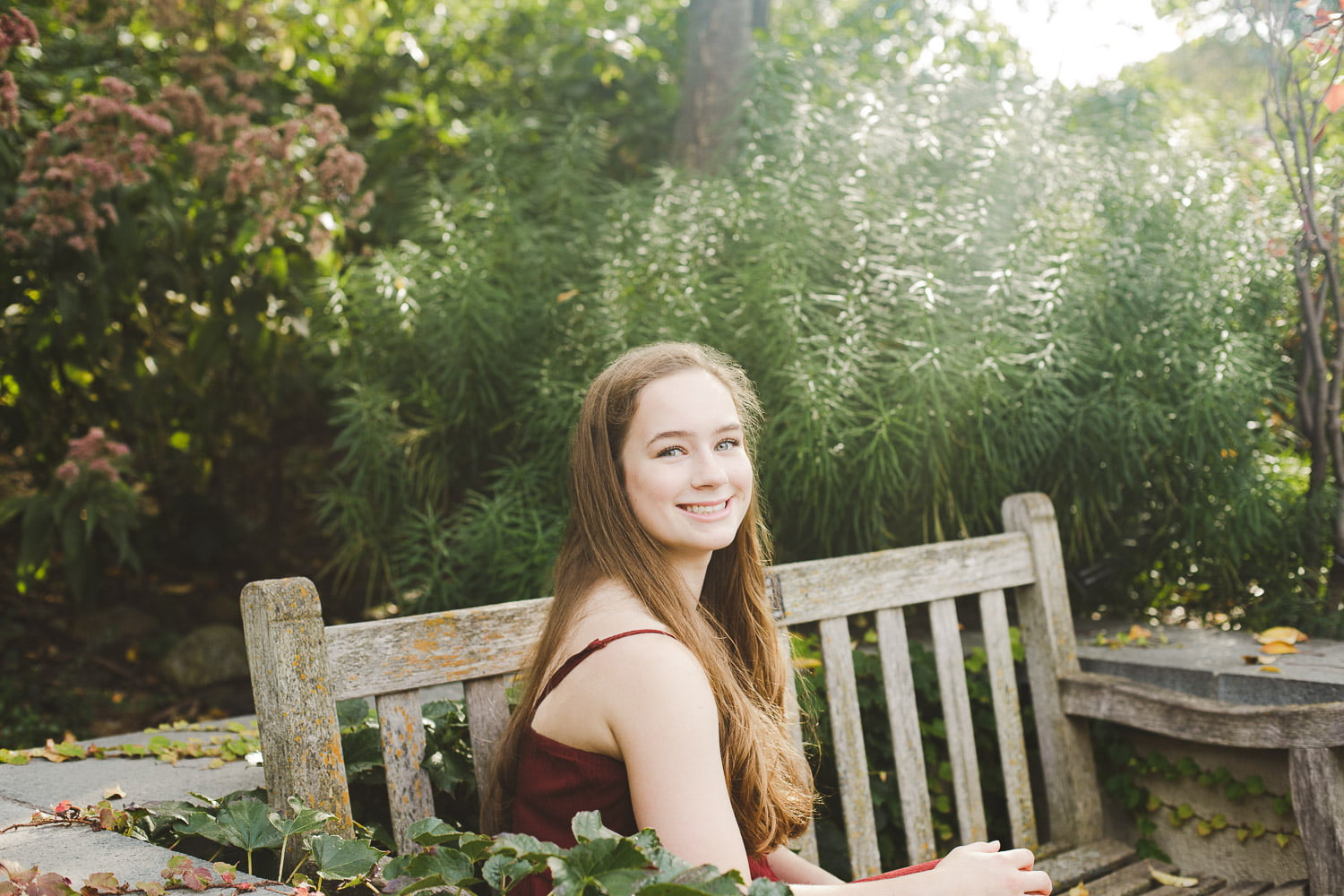 gorgeous and sunny senior portraits for new Prague high school student