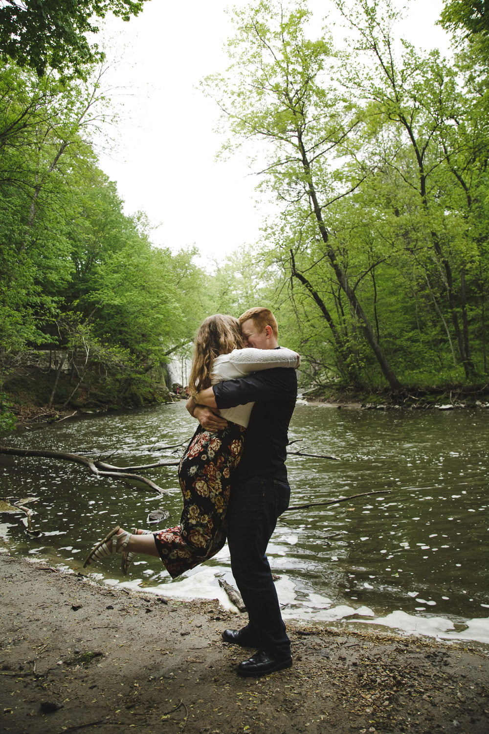 minneopa falls engagement shoot