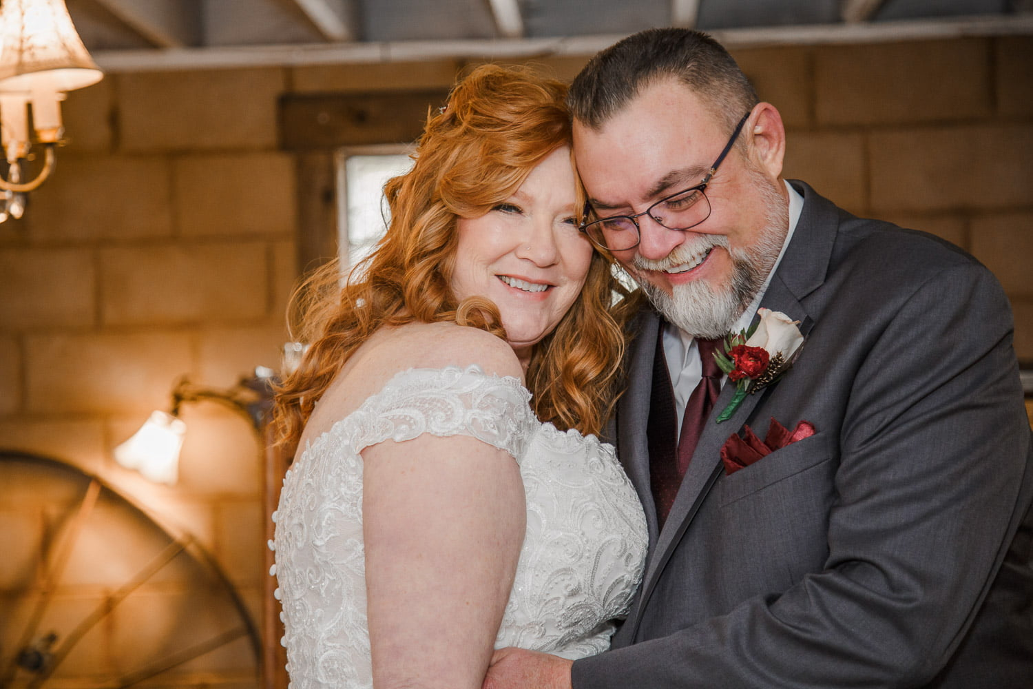 wedding photography in Belle Plaine at Rubies and Rust