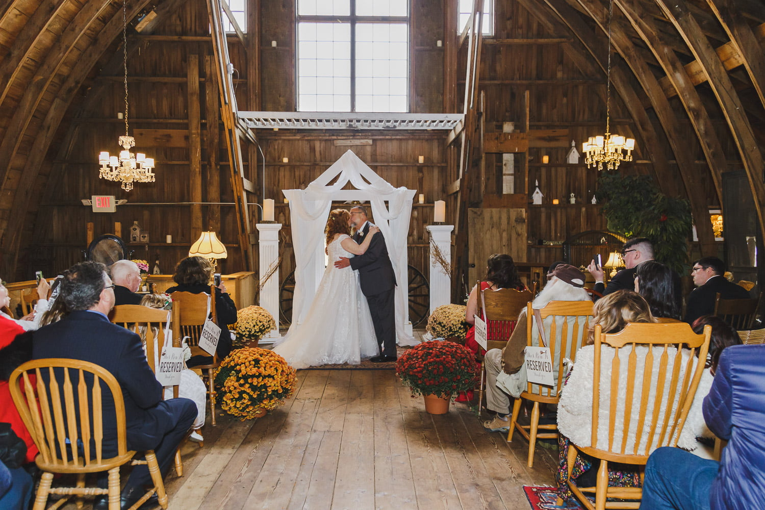 wedding ceremony at Rubies and Rust Barn in Belle Plaine
