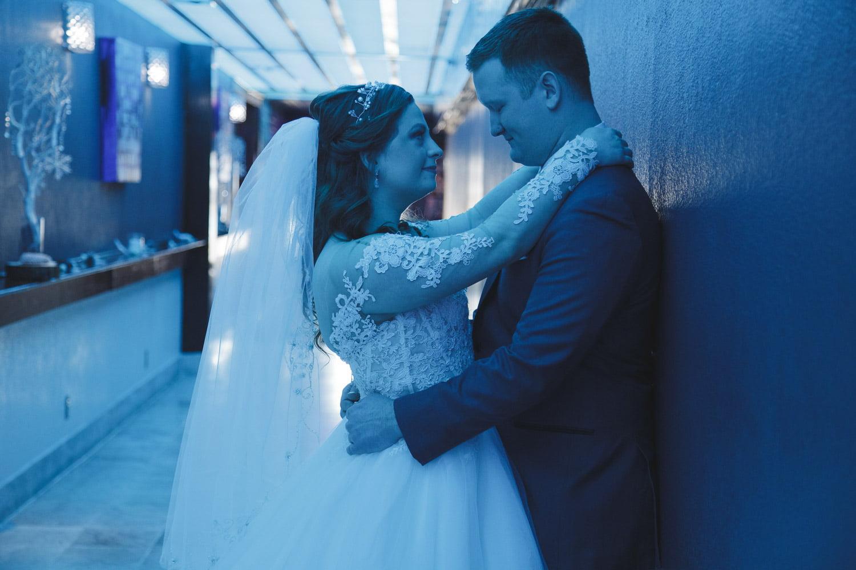 artistic blue light for a Minneaoplis wedding at Profile