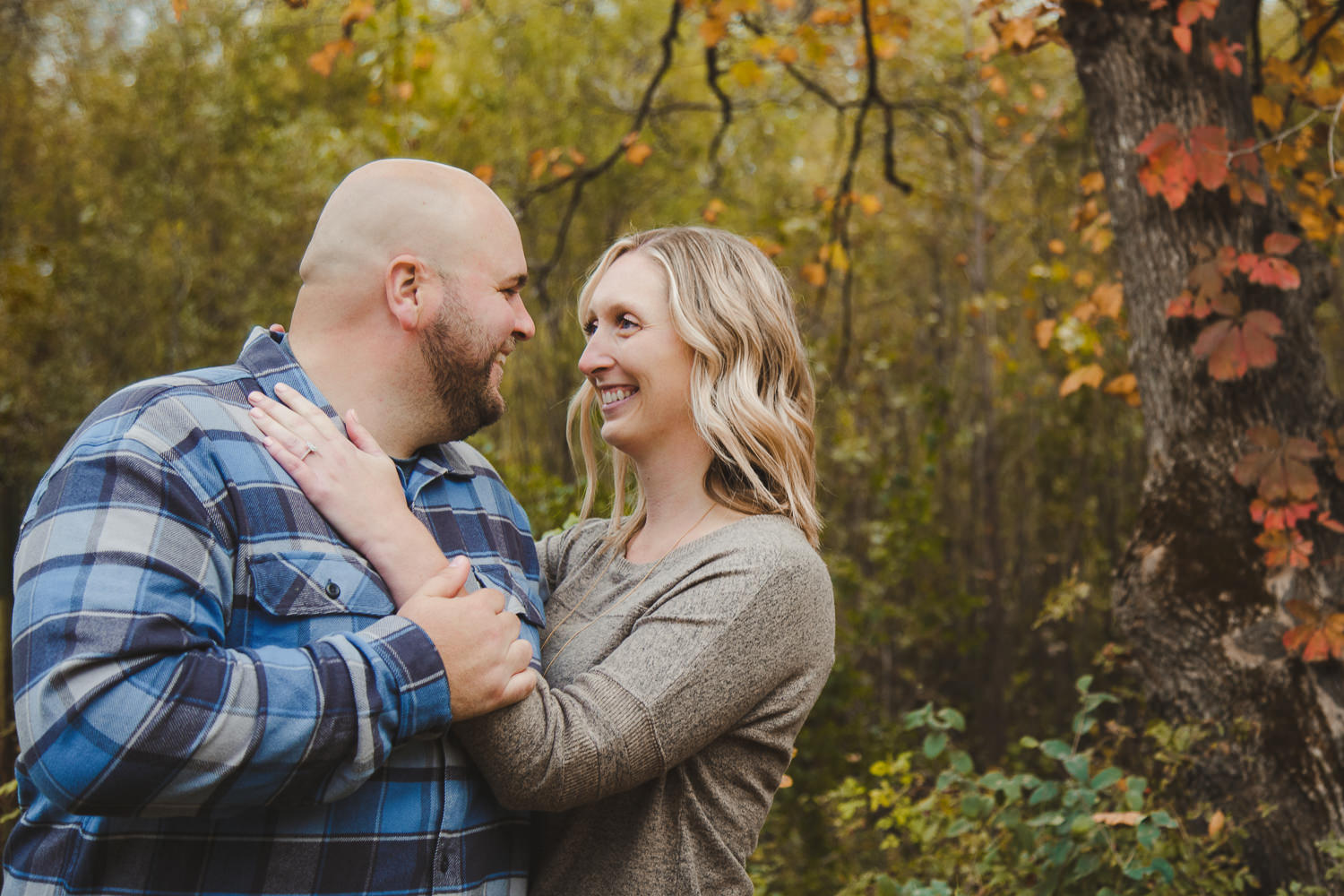 fall engagement photos in St. Peter Mn